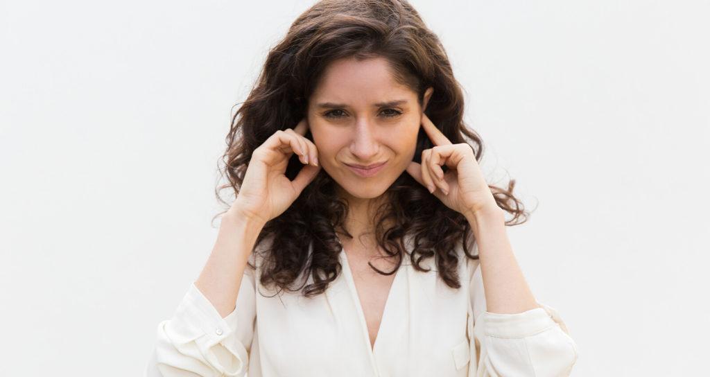 נוזלים באוזניים וטיפול טבעי בנוזלים באוזניים